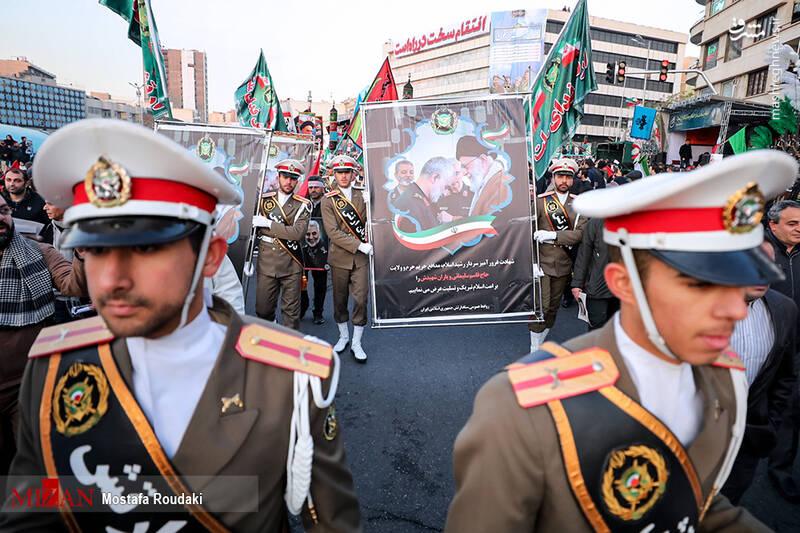 تشییع پیکر سردار سپهبد شهید حاج قاسم سلیمانی در تهران