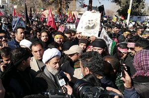حضور حجت الاسلام پناهیان در سیل جمعیت کرمان