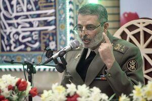 فرمانده کل ارتش: واحدهای ارتش تمامی امکانات خود را در کمک به سیل زدگان به کار گیرند