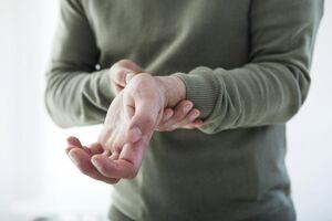 درد مچ دست نرمش استخوان
