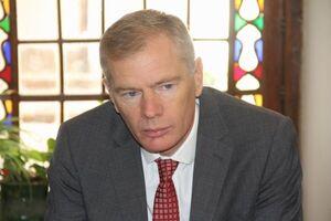 سفیر انگلیس به زودی به ایران بازخواهد گشت