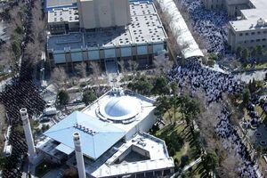 تصاویر هوایی از سیل جمعیت در مصلی
