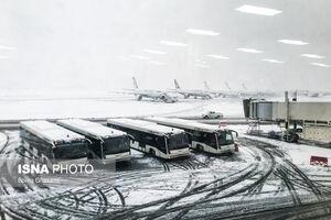 وضعیت فرودگاه مهرآباد در روز برفی تهران