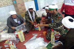 عکس/ امدادرسانی طلاب به سیلزدگان