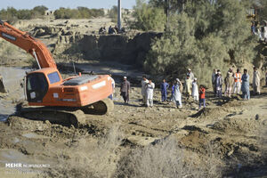 عکس/ وضعیت امدادرسانی در مناطق سیل زده
