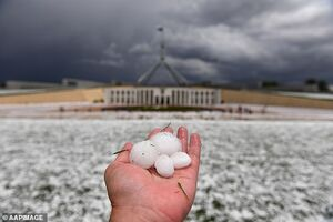 عکس/ خسارت شدید بارش تگرگ در استرالیا