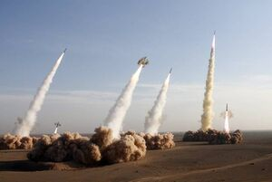 یاهونیوز: ایران نحوه انهدام ناوهای آمریکایی را تمرین کرده است