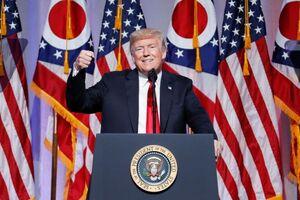 ترامپ دیوار بلندتری دور مردم امریکا میکشد