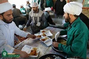 عکس/ خدمت رسانی آستان قدس رضوی در مناطق سیل زده