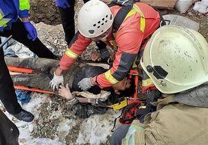 نجات معجزهآسای پسر ۱۵ ساله پس از سقوط ۲۰ متری +عکس