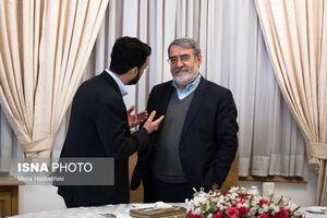 عکس/ صحبتهای درگوشی جهرمی با وزیر کشور
