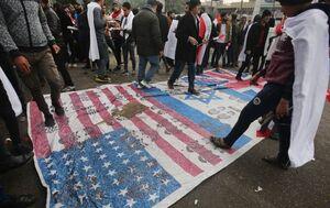 فیلم/ لگدمال کردن پرچم آمریکا در راهپیمایی میلیونی مردم عراق