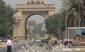 مجروح شدن حداقل یک نفر در حمله راکتی به سفارت آمریکا در بغداد