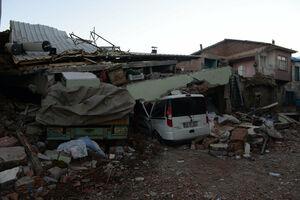 ریزش ساختمان ها درپی زلزله ترکیه