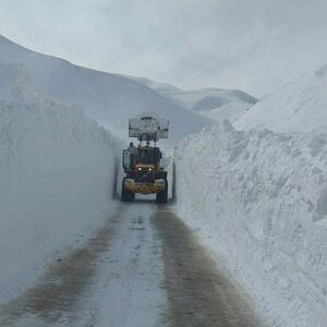 عکس/ انباشت برف سنگین