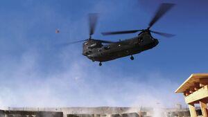 افغانستان به بالگرد شینوک مجهز می شود