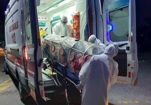 عکس/ انتقال یک مظنون به ابتلا ویروس کرونا در ترکیه