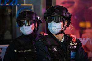 فیلم/ اعتراض روزنامهنگاران هنگکنگ به خشونتهای پلیس
