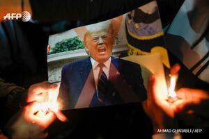 معترضان فلسطینی تصاویر ترامپ را آتش زدند +عکس