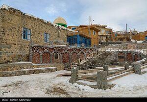 عکس/ روز زیبای برفی در روستای مرزی