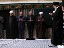 آخرین شب مراسم عزاداری حضرت زهرا (س) با حضور رهبر معظم انقلاب برگزار شد