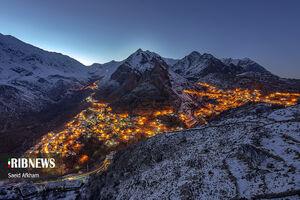 تصویری زیبا و رویایی از روستای هورامان