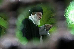 عکس/ حضور رهبرانقلاب در مرقد مطهر امام خمینی(ره)