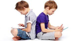 آسیبهای فضای مجازی در کمین کودکان