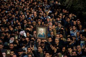 فیلم/ نوحهخوانی محمود کریمی در مراسم اربعین شهادت سردار سلیمانی
