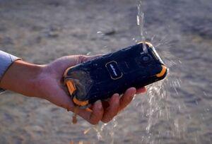 موبایلی برای شرایط سخت +فیلم