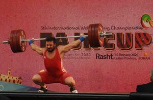 رستمی: مهار وزنههای سبک سودی ندارد