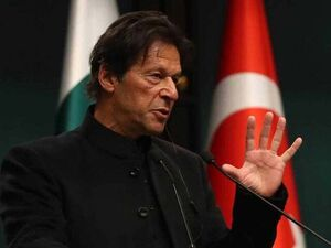 """""""عمران خان"""" حاضر به عبور از آسمان هند نشد"""