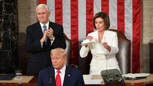 پلوسی متن سخنرانی ترامپ را پاره کرد
