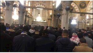 فیلم/ اقامه نماز صبح در مسجدالاقصی فردای روز قدس