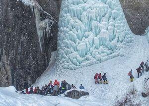 تصویری دیدنی از آبشار سنگان
