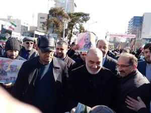 عکس/ فرمانده سپاه در راهپیمایی 22 بهمن