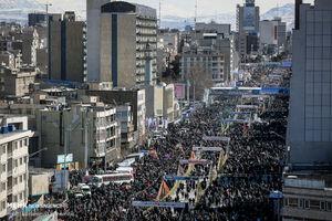 عکس/ حضور پرشور مردم تهران در راهپیمایی ۲۲ بهمن