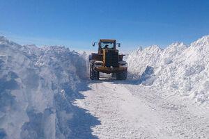 مسدود شدن راه برف جاده