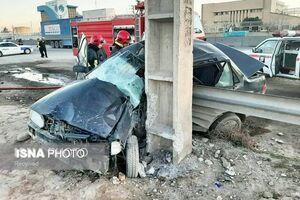 ۲ کشته در برخورد مرگبار خودروی سواری با تیر برق