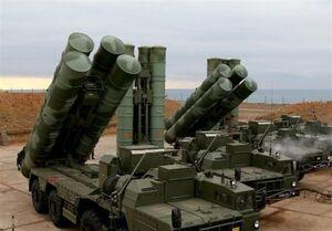 مقابله پدافند روسیه با پهپادهای مهاجم در آسمان سوریه