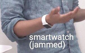 اختراع دستبند مافوق صوت برای مختل کردن میکروفونها