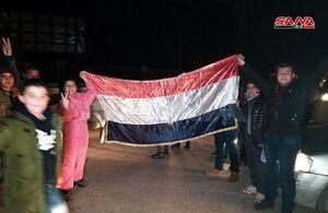 عکس/ خوشحالی اهالی حلب از پیروزی ارتش سوریه