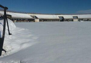 وضعیت اسفبار ورزشگاه رشت پساز بارش برف+عکس