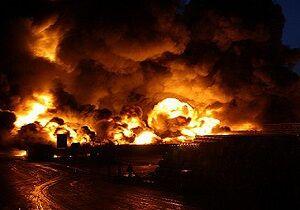 لحظه انفجار در مرکز توزیع کپسول گاز مایع در کرج +فیلم