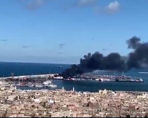 """فیلم/ حمله به کشتی ترکیهای در بندر""""طرابلس"""""""