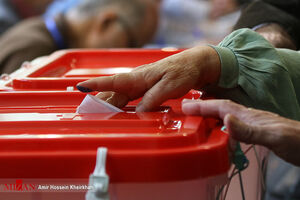 انتخابات ۹۸ از نمای نزدیک؛ از کموکیف رأیدهندگان و نامزدها تا شعب اخذ رأی و نحوه نظارت