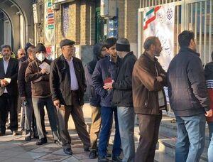 عکس/صف رایگیری در مسجد نارمک تهران ساعت ۸ صبح