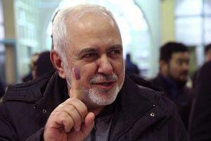 عکس/ انگشت جوهری ظریف پس از رای دادن