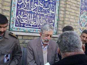 عکس/ حدادعادل در مسجد لرزاده