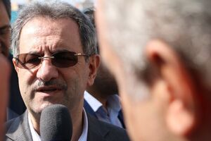 استاندار تهران: تا ساعت ۱۲:۱۳، ۷۱۵ هزار نفر رای دادند